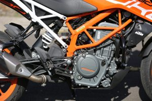 Động cơ KTM Duke 390