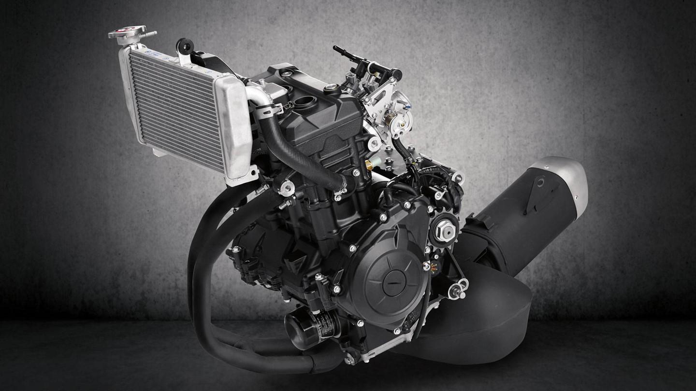 Động cơ xe R3