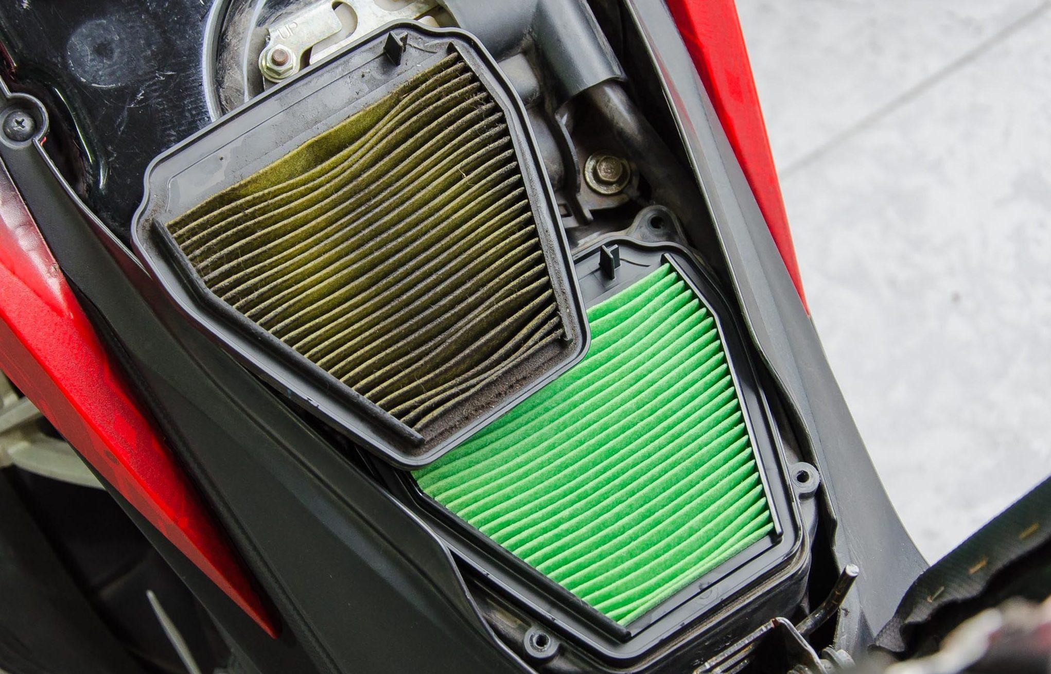 Lọc gió xe máy bằng giấy khô