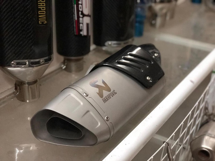 Pô akrapovic Hp Full Titanium cho exciter 150 độ