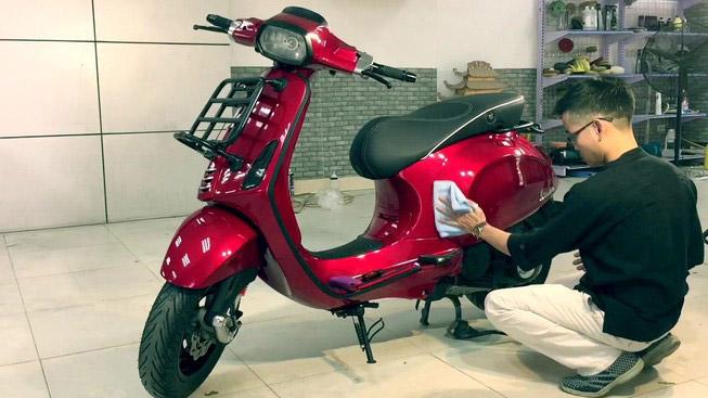 Cách xóa vết xước trên xe máy