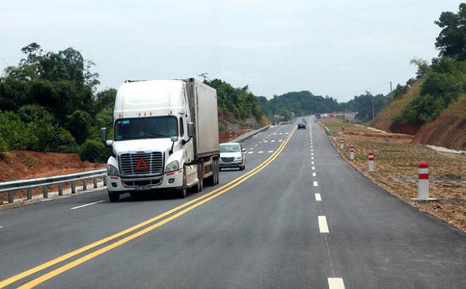 Đường cao tốc có 2 làn đường