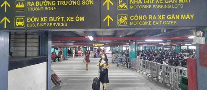 Gửi xe máy ở sân bay Nội Bài luôn có chi phí cao