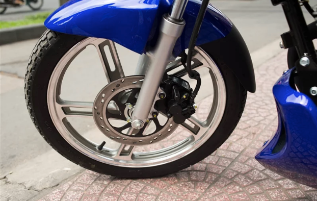 Điểm mặt 5 mẫu xe côn tay giá rẻ của Suzuki