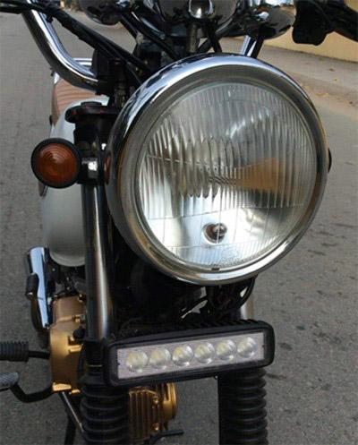 Đèn pha và hệ thống đèn trợ sáng được thay mới