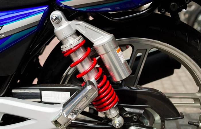 Đánh giá Suzuki GSX150 Bandit: Naked bike 150cc máy mạnh