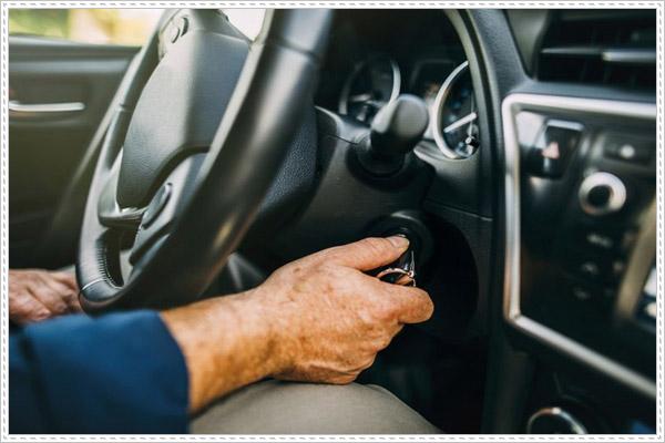 Sử dụng ô tô không đúng cách sẽ làm giảm tuổi thọ bình ắc quy