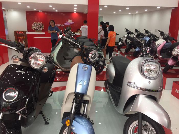 Xe máy điện Honda bền bỉ nhưng giá thành cao