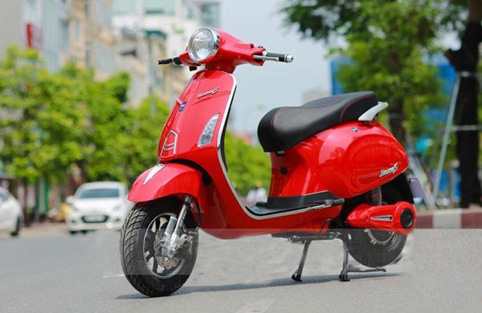 Dòng xe máy điện Vespa DkBike Roma S